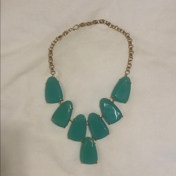 Kendra Scott Jewelry - Kendra Scott Harlow statement necklace